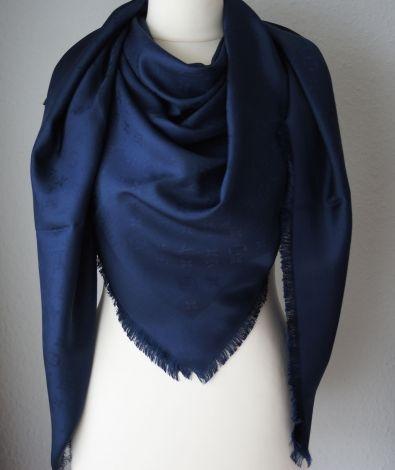 Echarpe louis vuitton bleu - Idée pour s habiller 9a8d87e7188