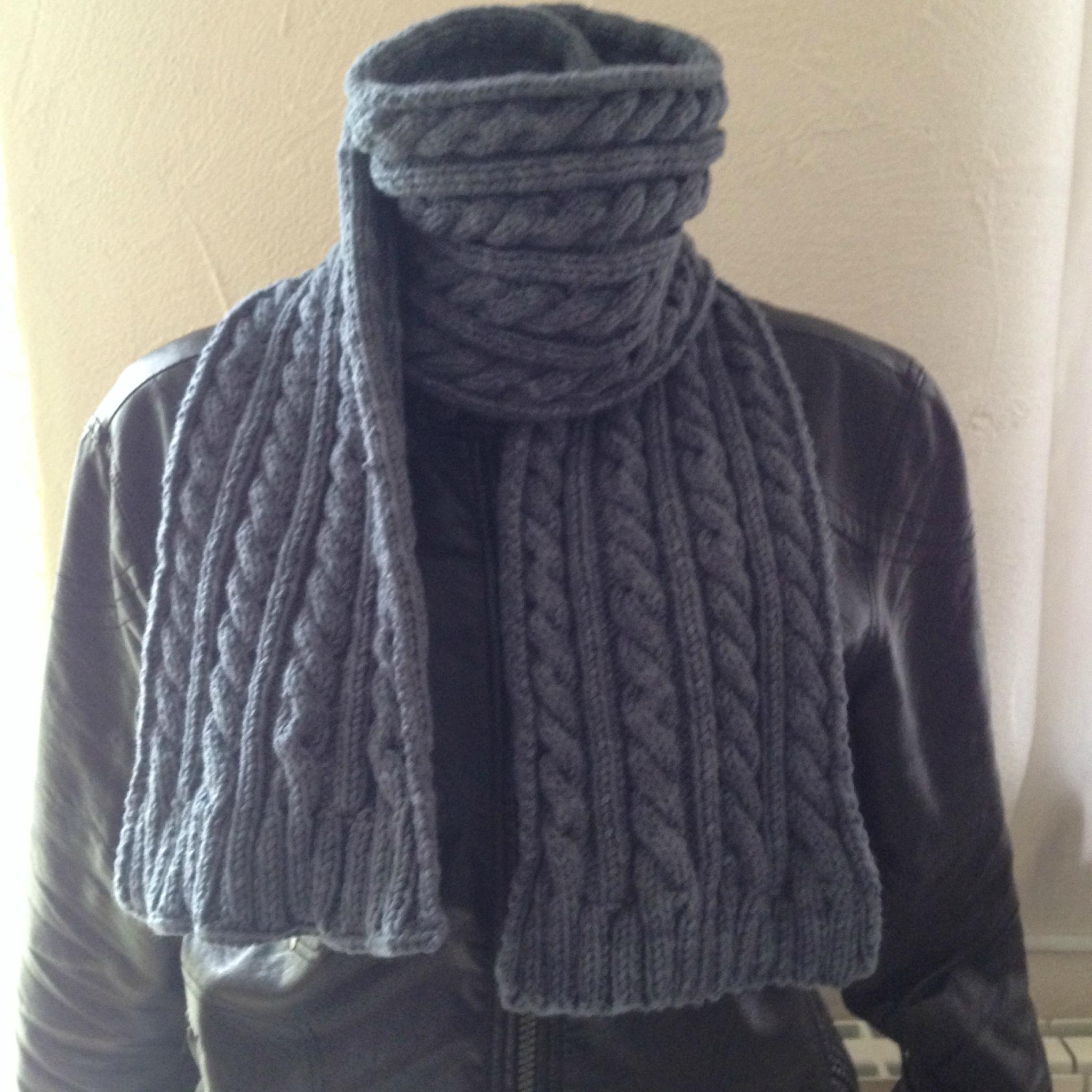 b97625340685 Belle écharpe pour homme - Idée pour s habiller