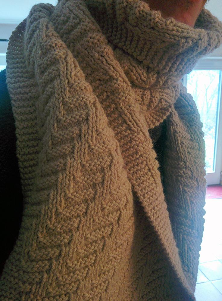 0d5ec1146a6e Point tricot original pour echarpe homme - Idée pour s habiller