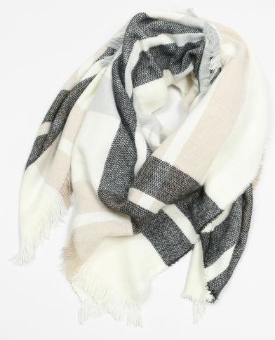 Echarpe femme noire et blanche - Idée pour s habiller f669bfd8b69