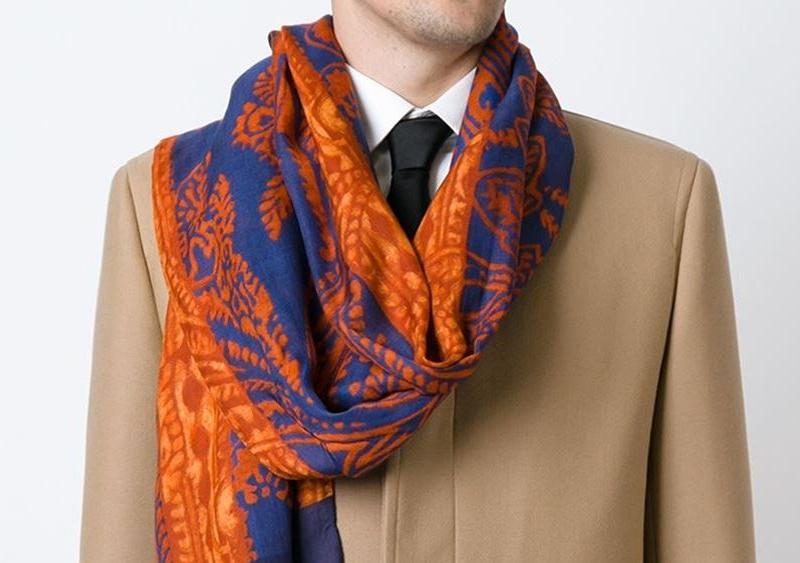 Echarpe motif cachemire homme - Idée pour s habiller 84295217f48