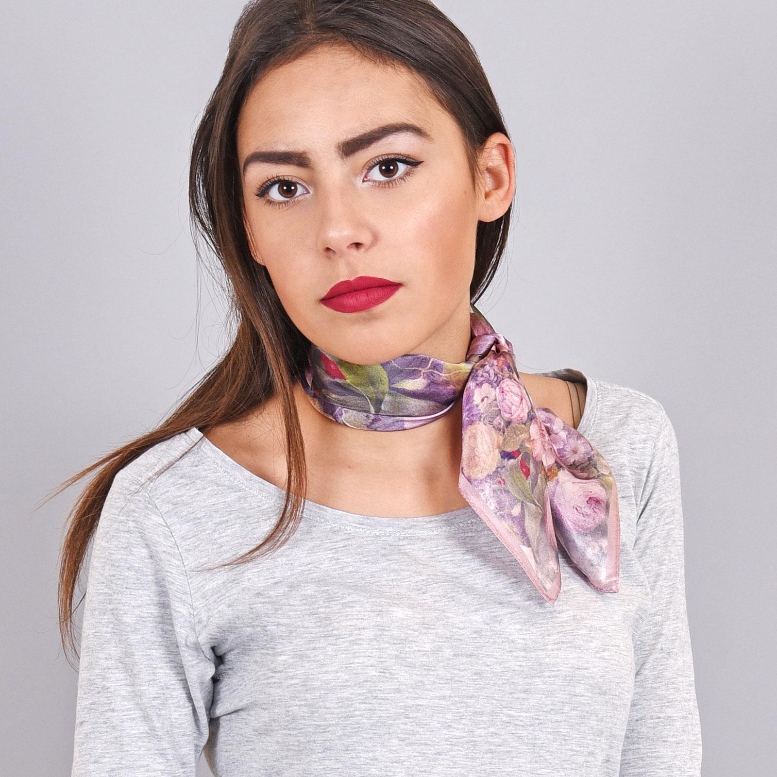 écharpe femme carré - Idée pour s habiller 8ae6f2458a5