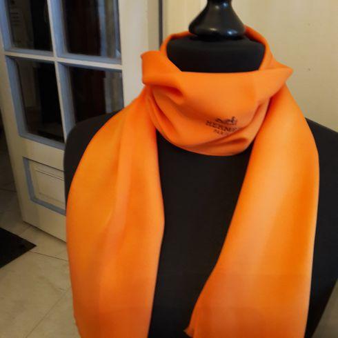 Hermes écharpe homme - Idée pour s habiller 3458e8b2035
