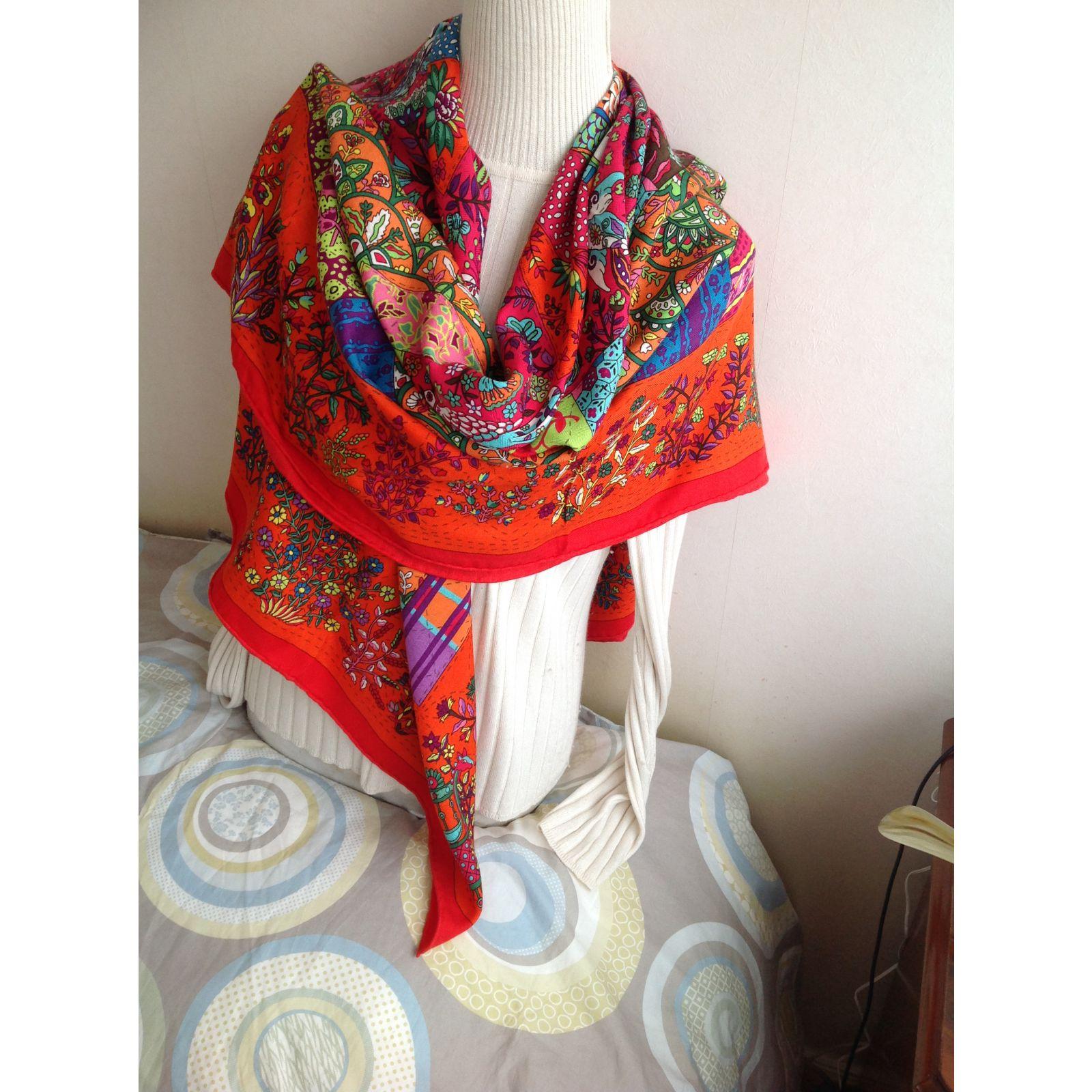 Cachemire et soie echarpe - Idée pour s habiller 5d61941c4fe