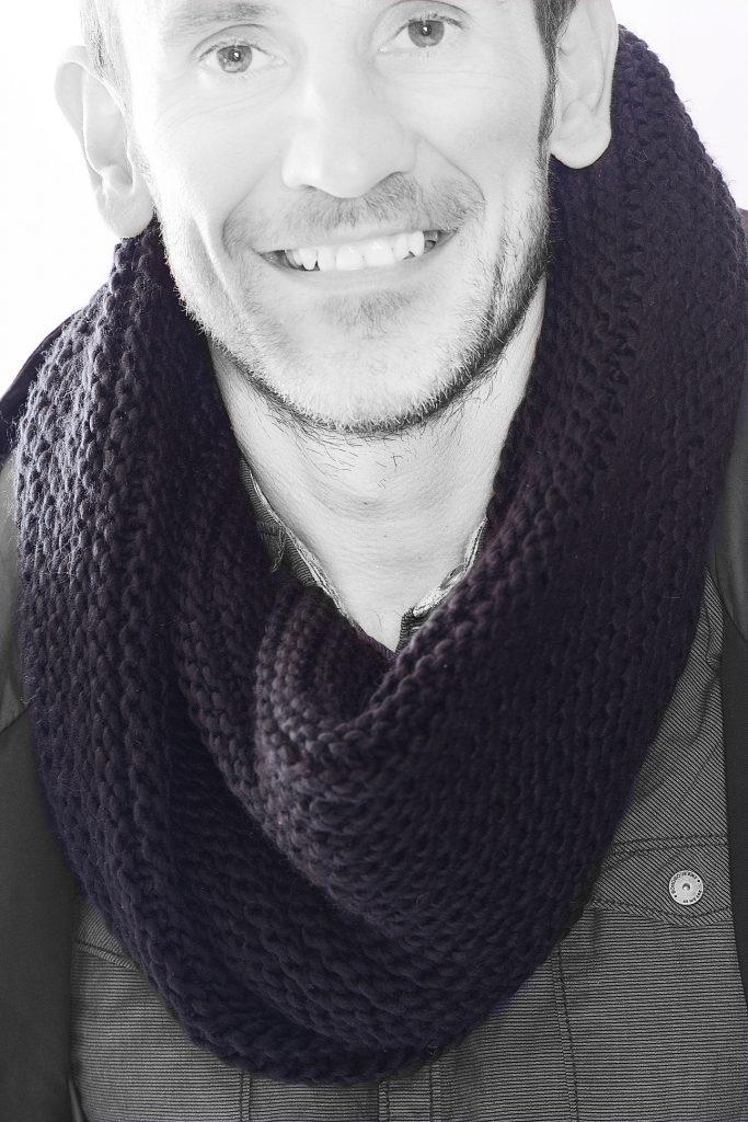 Grosse echarpe maille homme - Idée pour s habiller 4d542fece4c