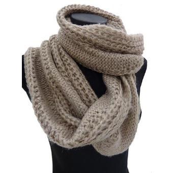 db76553d2b6f Echarpe tricotée femme - Idée pour s habiller