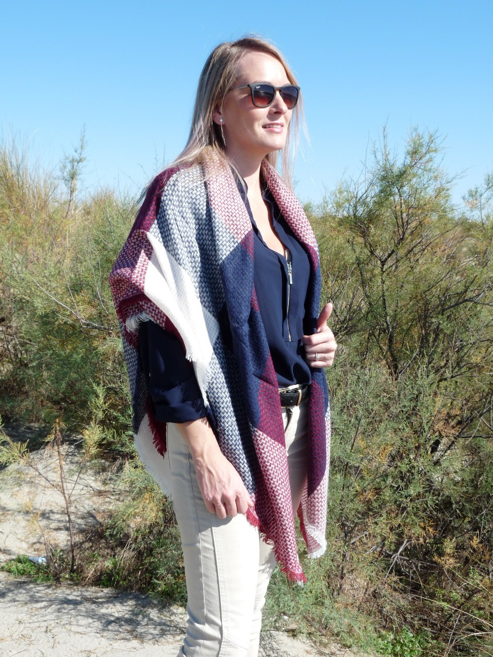 Carré écharpe femme - Idée pour s habiller 91f33437b97