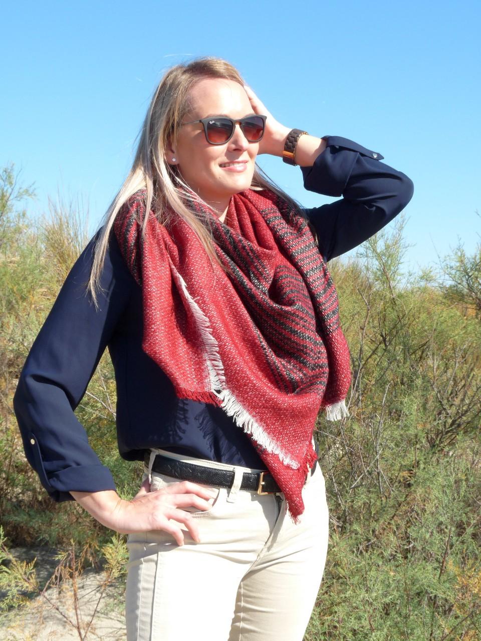 Echarpe femme carre - Idée pour s habiller aaaa2b29391