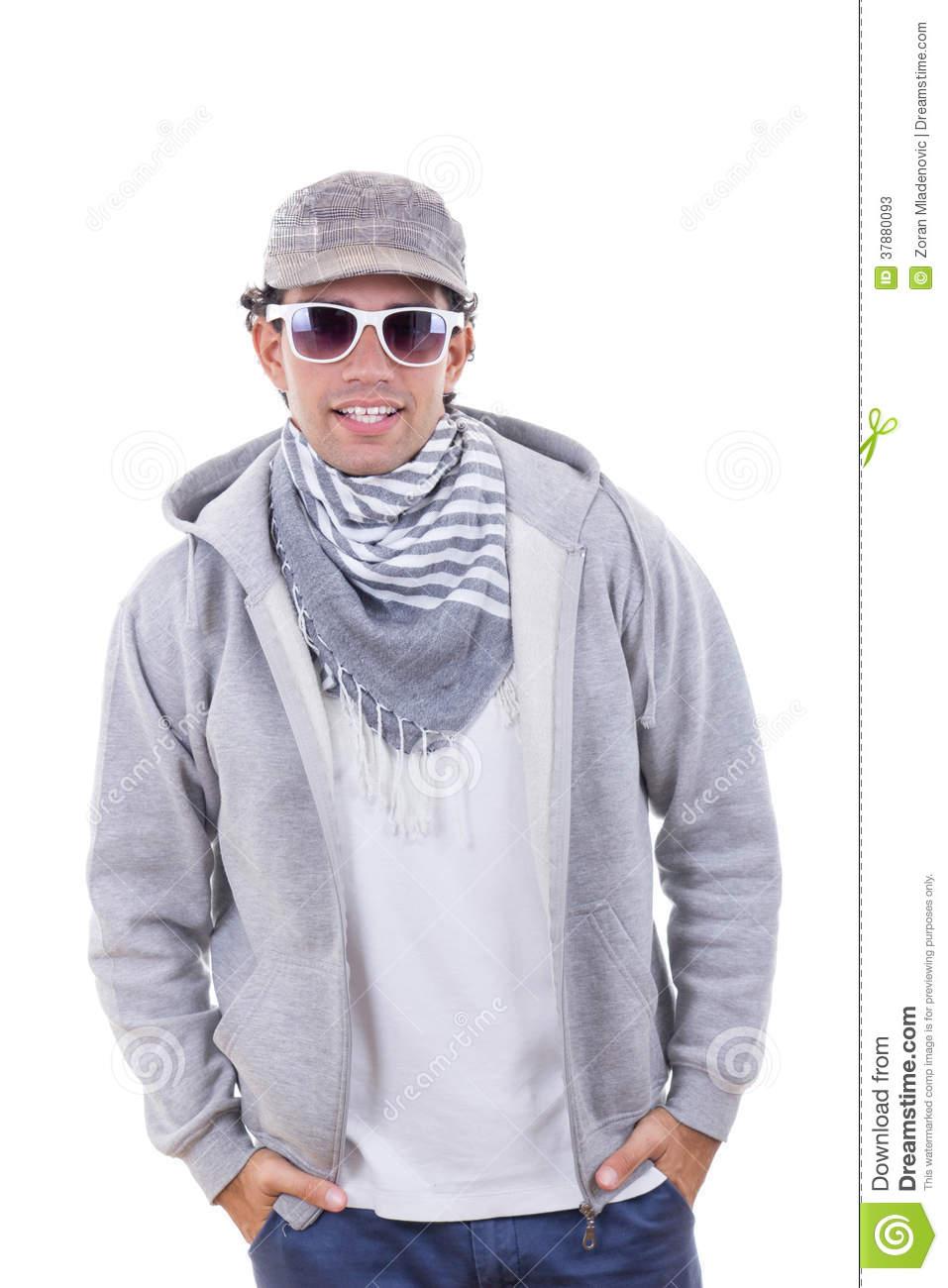 Port écharpe homme
