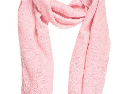 Echarpe cachemire rose poudre - Idée pour s habiller 1f8a0485ec9