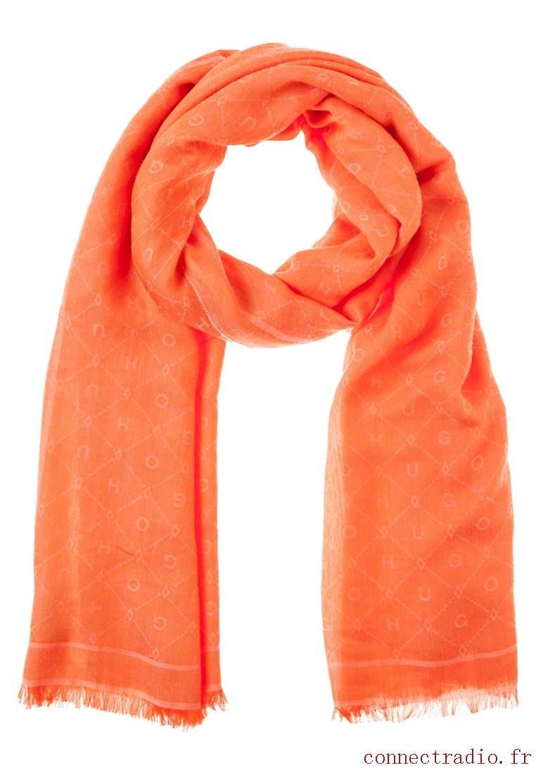 Echarpe femme orange - Idée pour s habiller bf8bf38b145