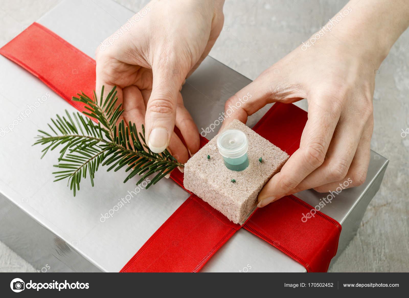 Decorer un cadeau de noel