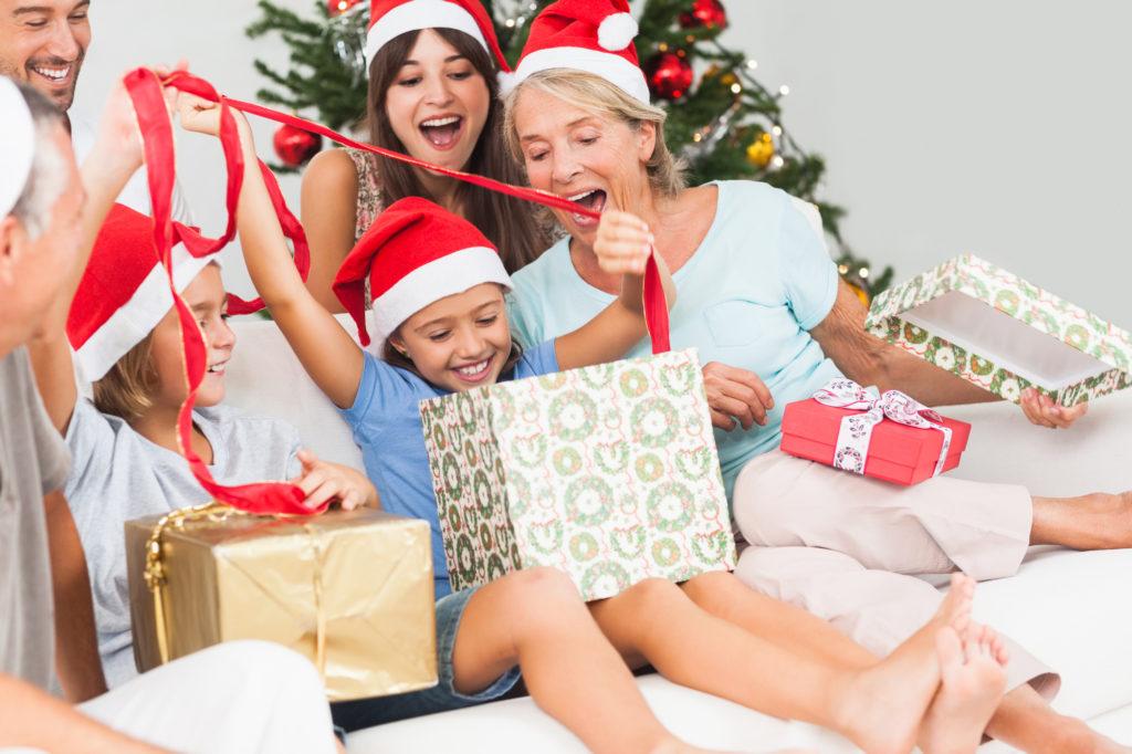 Idée distribution cadeau noel